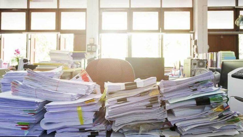 Pappershantering för kontoret